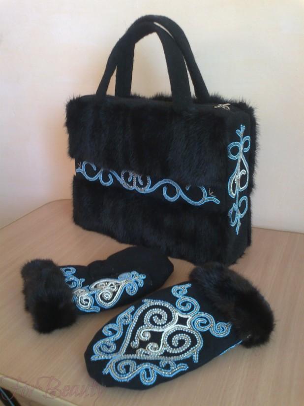 Модная женская сумка из меха 2018