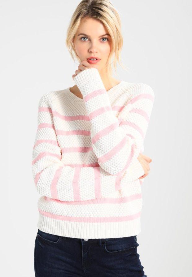 женские свитера 2019-2020: розовый с белым