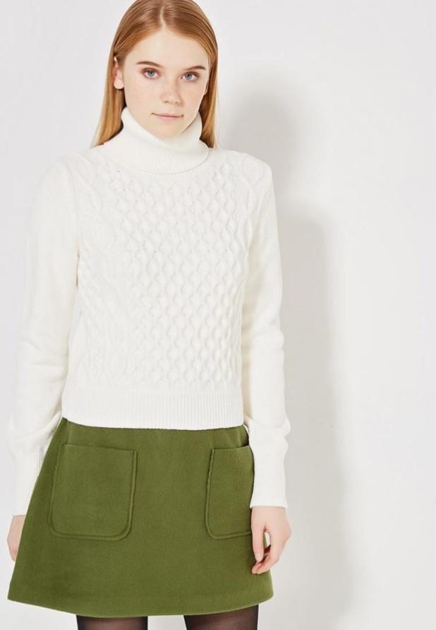 Модный белый свитер с высоким воротом осень-зима 2018 2019