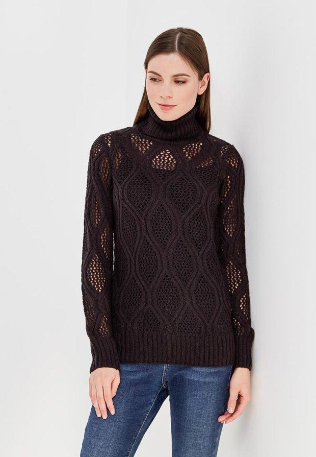 Модный черный свитер с высоким воротом осень-зима 2019-2020