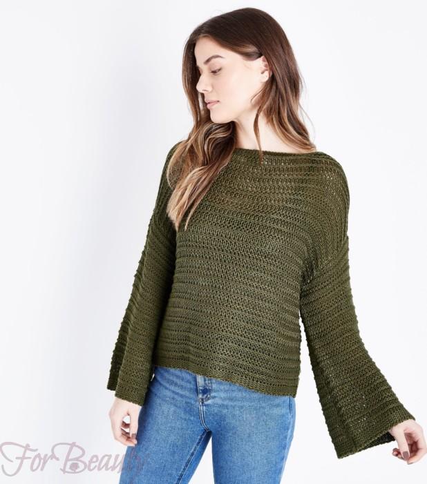 Модный зеленый свитер 2018