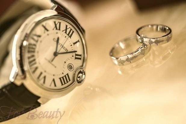 одинаковые обручальные кольца для молодоженов