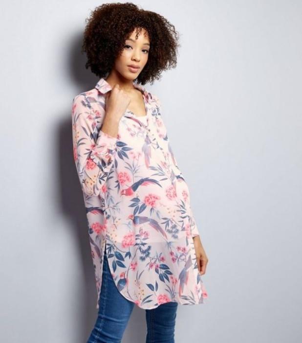 Цветовая палитра модной одежды для женщин в положении
