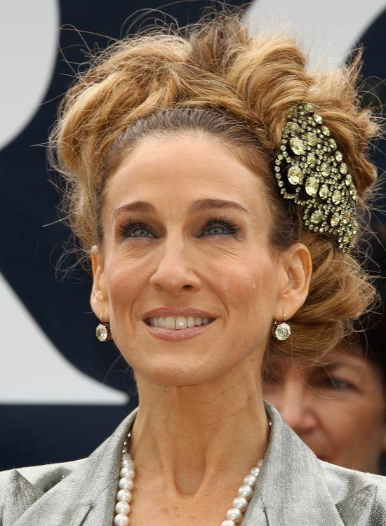 Укладка волос с аксессуарами 2018 фото
