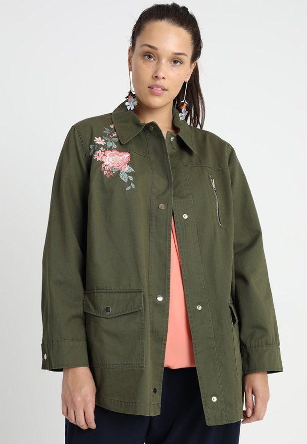 мода для полных: пальто цвета хаки
