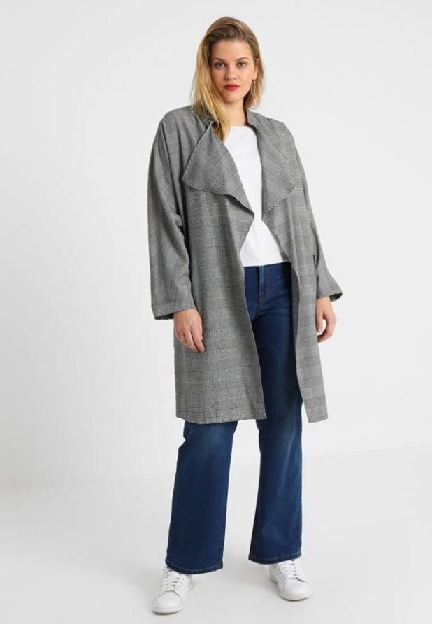 мода для полных: серое пальто