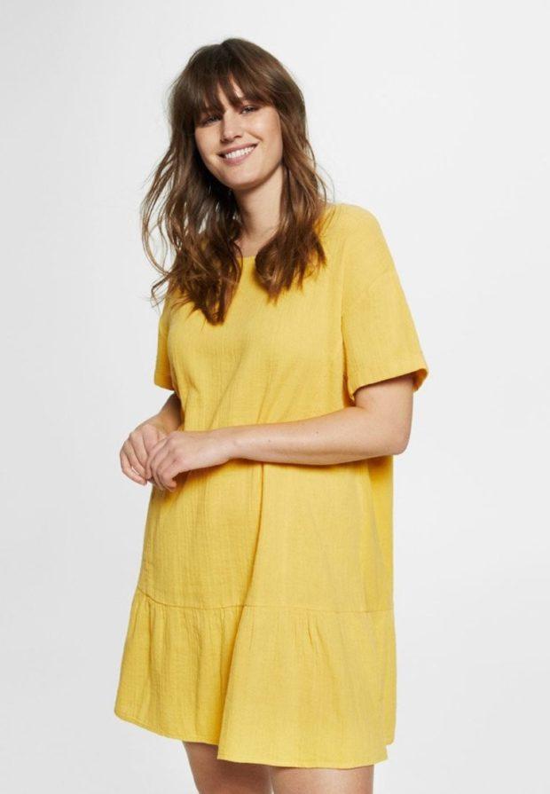 Модное желтое платье для полных 2018-2019