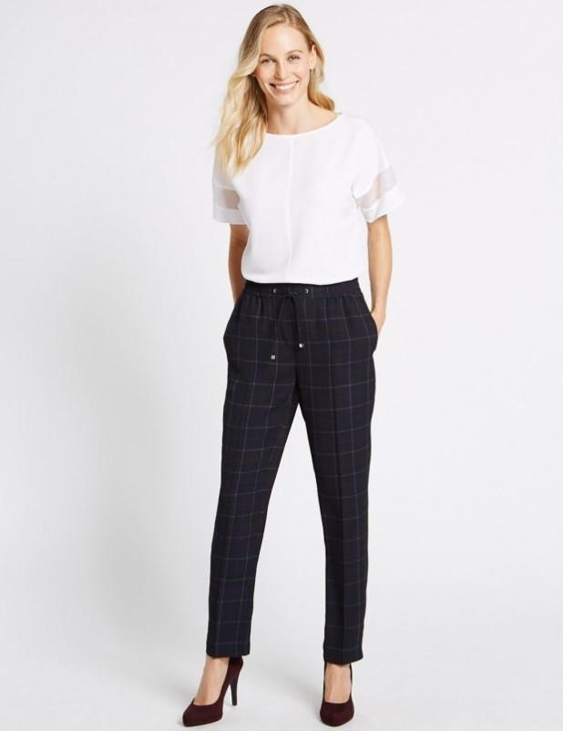 базовый гардероб 2018-2019: Модные брюки-дудочки фото тенденции