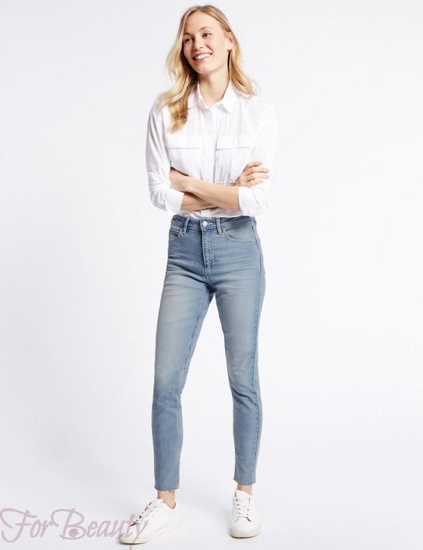 Модные голубые джинсы в базовом гардеробе 2018 фото