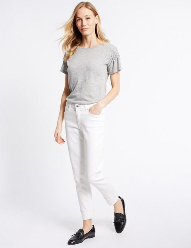 базовый гардероб: Модные белые джинсы