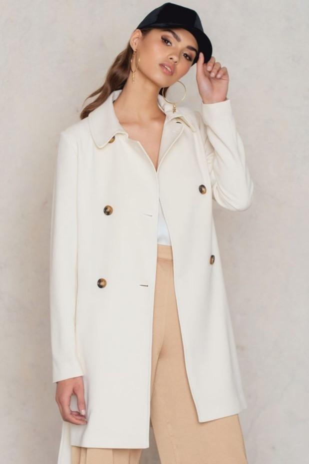 Модные белые пальто в базовом гардеробе
