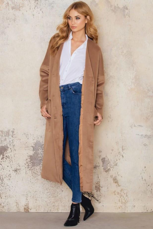 классические пальто в базовом гардеробе