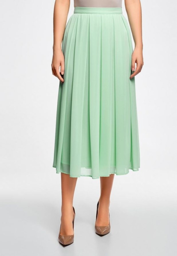 базовый гардероб 2018-2019: Модная зеленая юбка