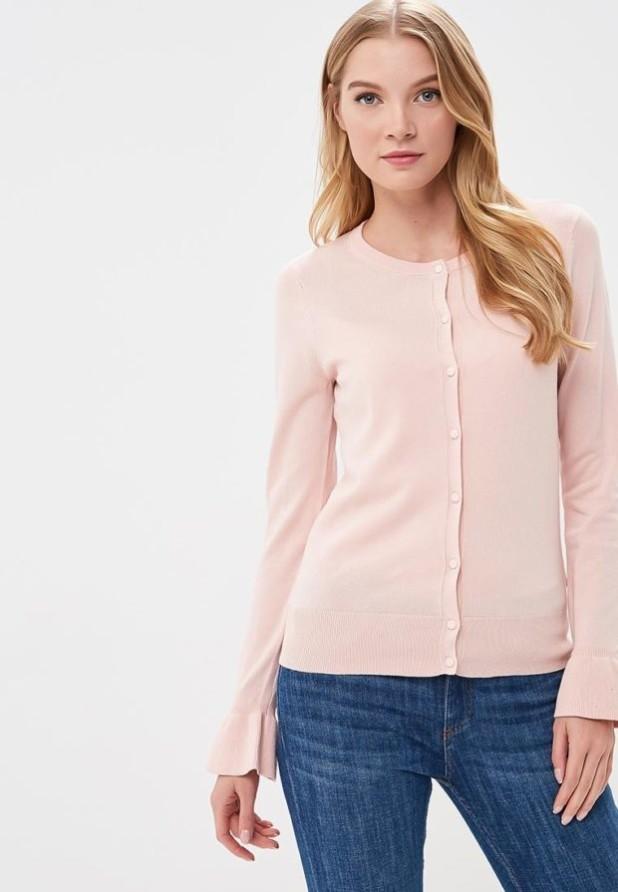 Модный розовый кардиганв базовом гардеробе