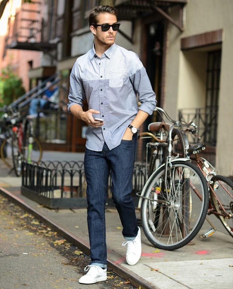 Как модно носить кроссовки с джинсами мужчинам