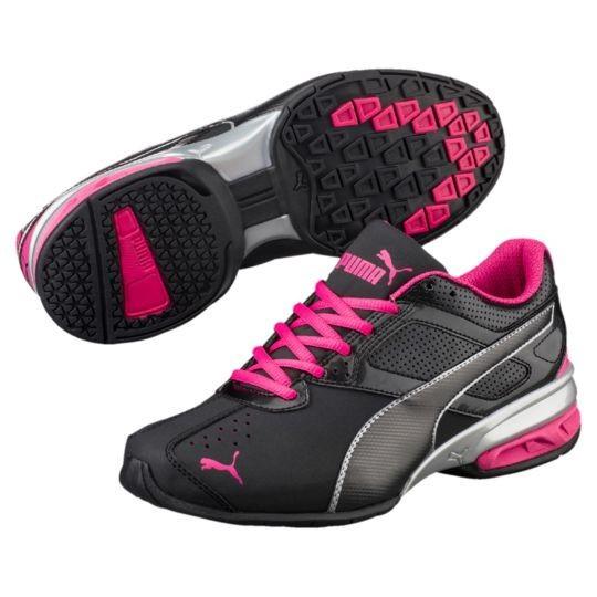 Модные женские кроссовки с яркими розовыми шнурками 2018 фото