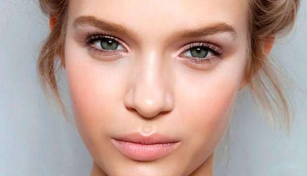 Модный макияж сияние кожи лето 2019