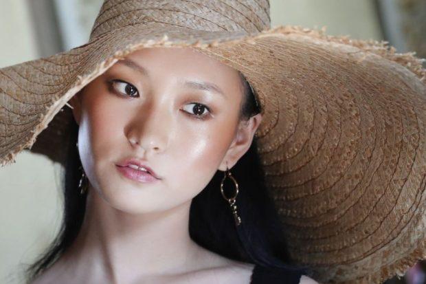 Модный макияж сияние кожи лето 2021 фото новинки