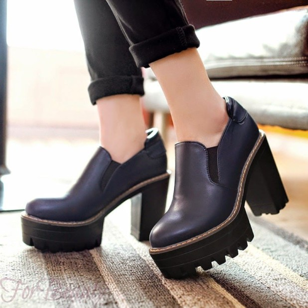 Женская обувь с грубой и рифленой подошвой 2018