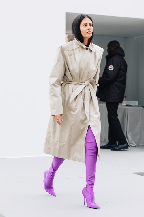 Модные яркие сапоги 2018 фото новинки