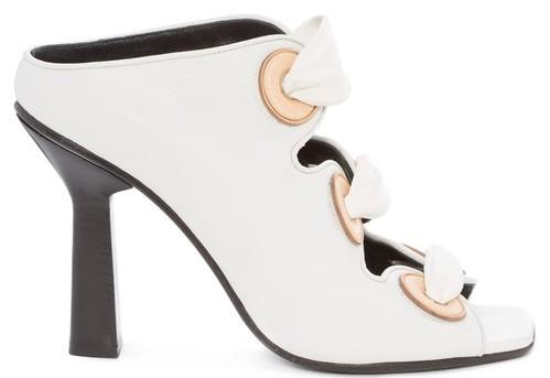 Модная обувь со шнурками и плетениями 2020 фото новинки босоножки