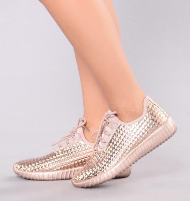 Женская удобная спортивная обувь 2018-2019 фото