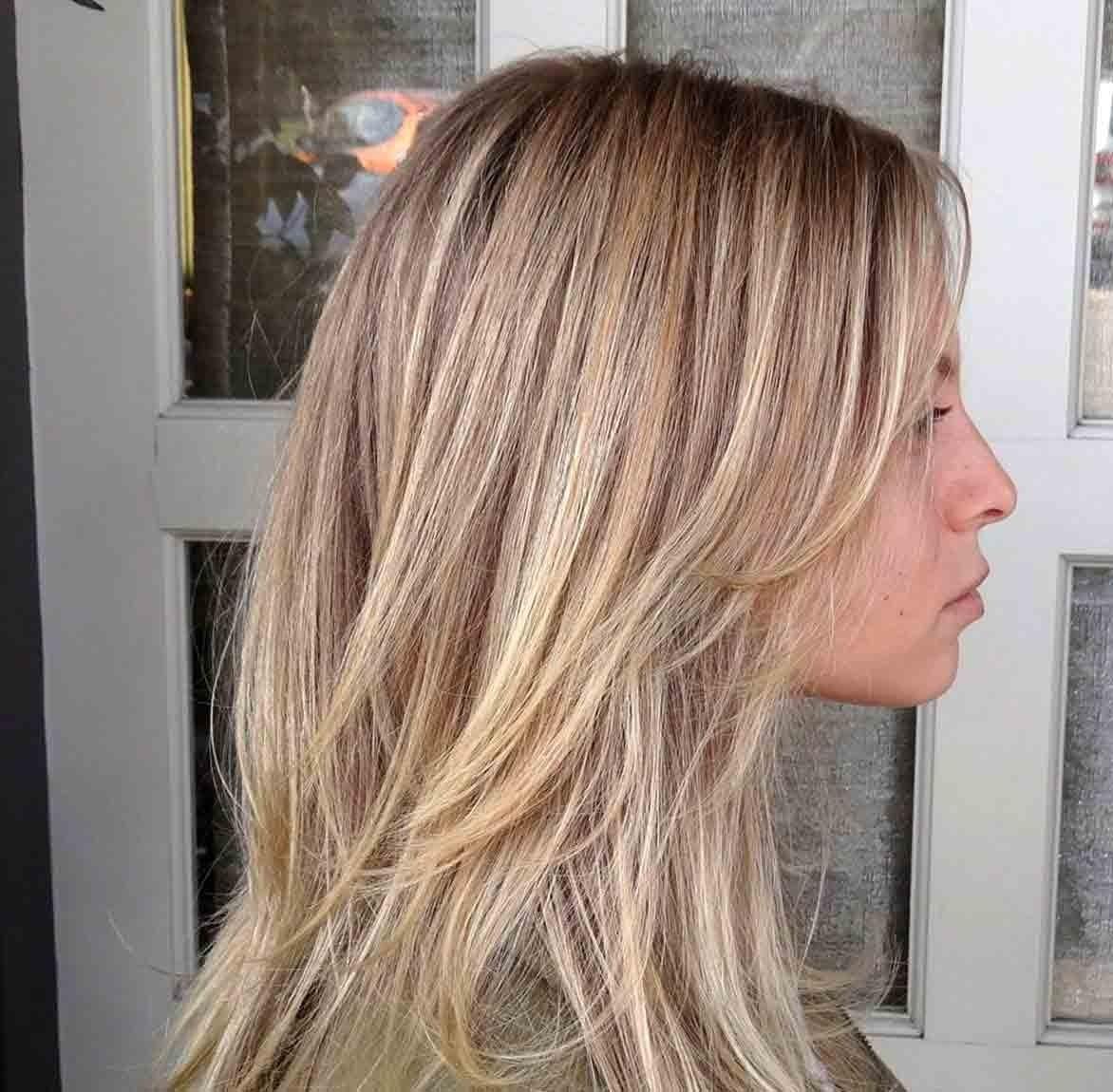 покраска методомброндирования(3D-окрашивание) на средние волосы