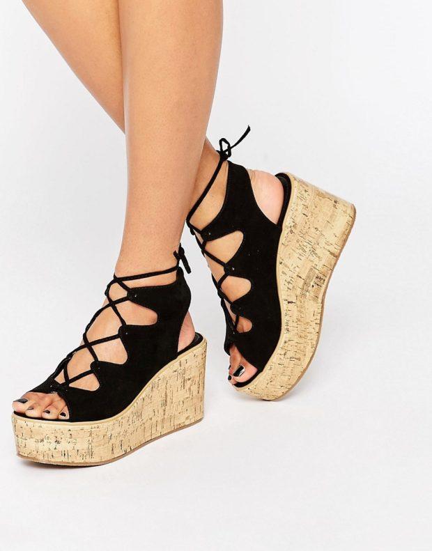 Модная обувь со шнурками и плетениями 2020