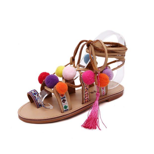 Модная обувь со шнурками и плетениями 2020-2021