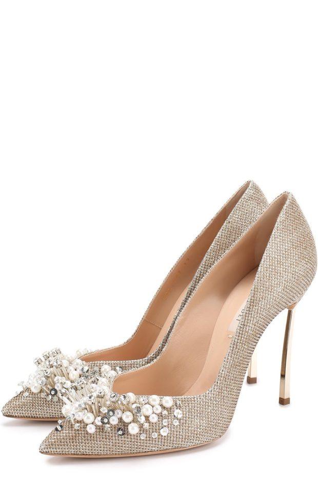 Модная обувь из декоративной кожи 2021