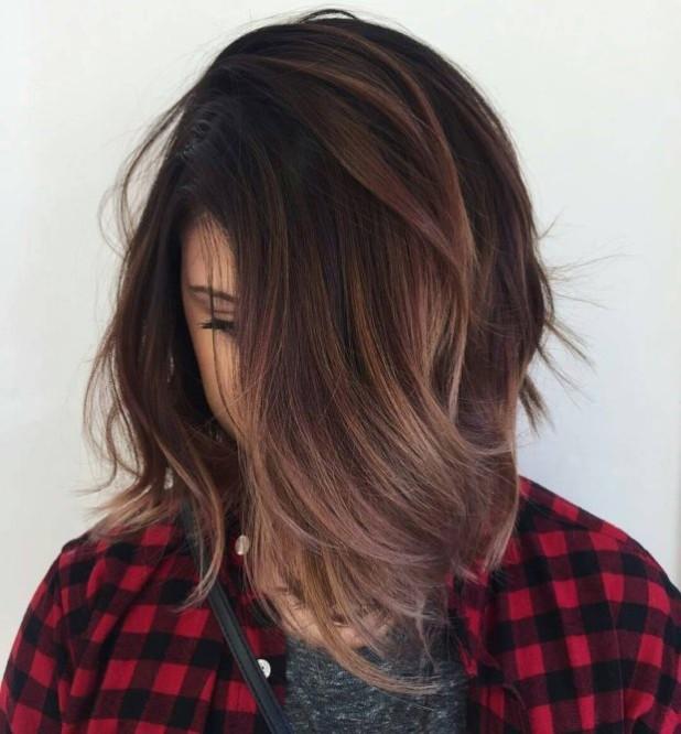 Модное окрашивание волос способомбалаяжна короткие волосы