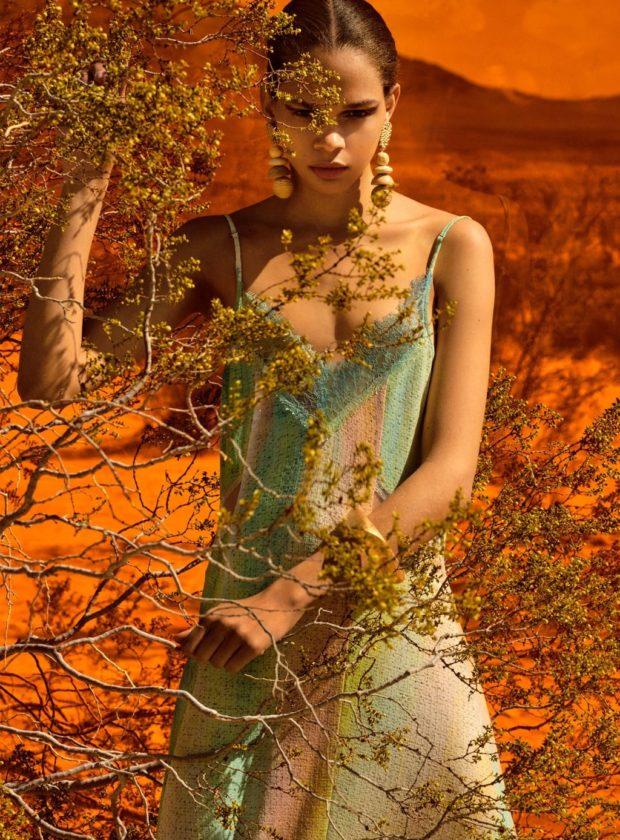 легкое цветное платье
