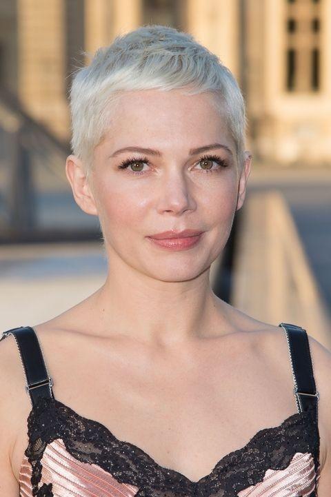 Техника калифорнийскогомелирования 2018 году на короткие волосы фото