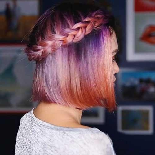 стильное окрашивание волос с розовыми и лиловыми отливами 2018 году на короткие волосы фото