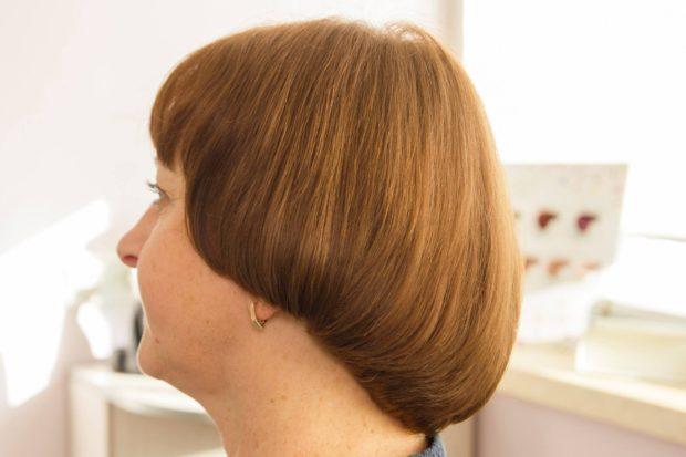 стрижка «Сессун» на средние волосы с челкой 2018-2019