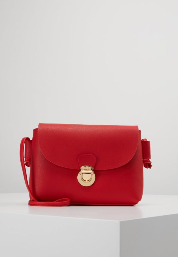 Модные красные сумки осень зима 2019 2020