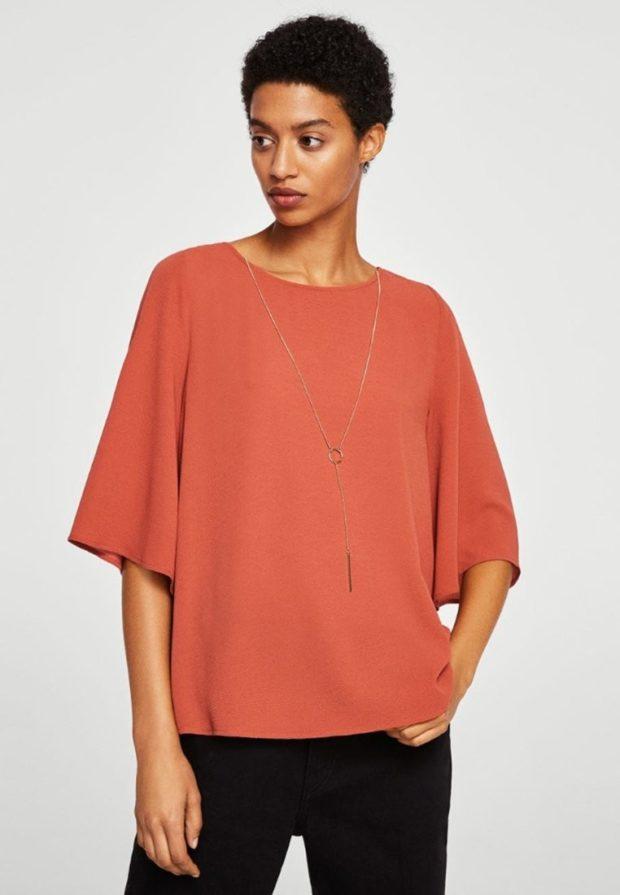 Модная красная женская блузка 2018-2019