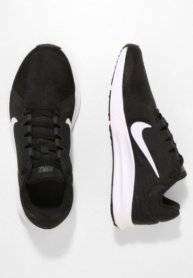 Модные черные женские кроссовки 2018-2019