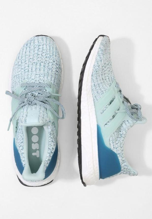 Модные голубые женские кроссовки 2018-2019