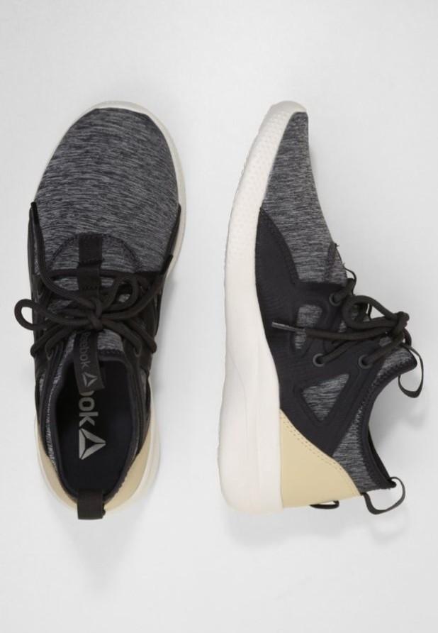 Модные серые женские кроссовки 2018-2019