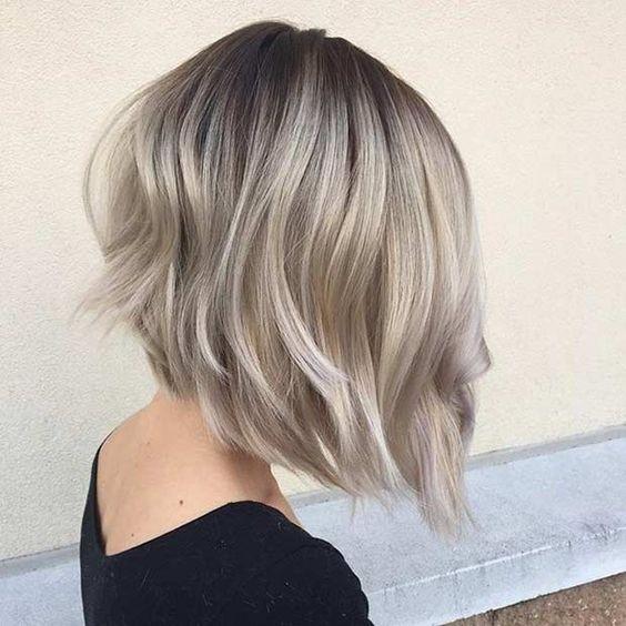 модное окрашиваниебалаяжкоротких русых волос
