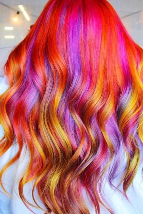 Модное окрашивание в красный цвет на длинные волосы 2018