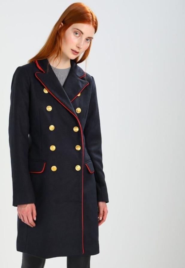 пальто модные тенденции: Женский укороченный бушлат