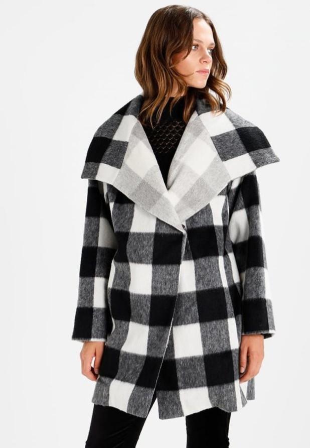 пальто модные тенденции: Женское в крупную клеточку