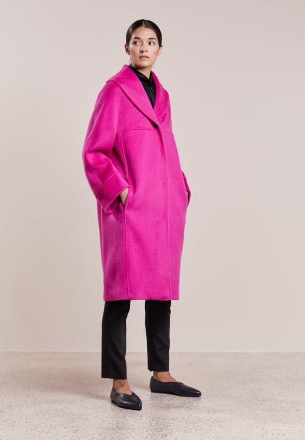 пальто модные тенденции: Женское в стиле Оверсайз