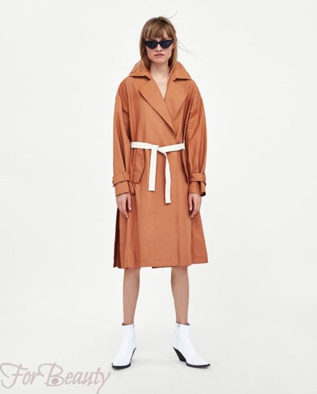 Пальто оранжевое 2018 года