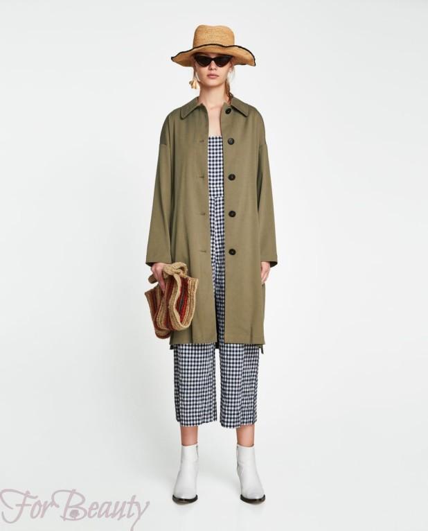 Пальто зеленое 2018 года
