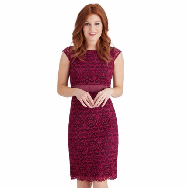 Модные платья для офиса бордо