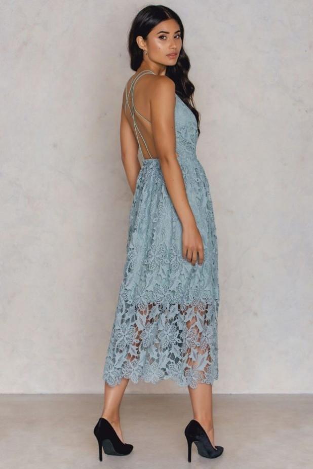 модные платья: кружевные миди