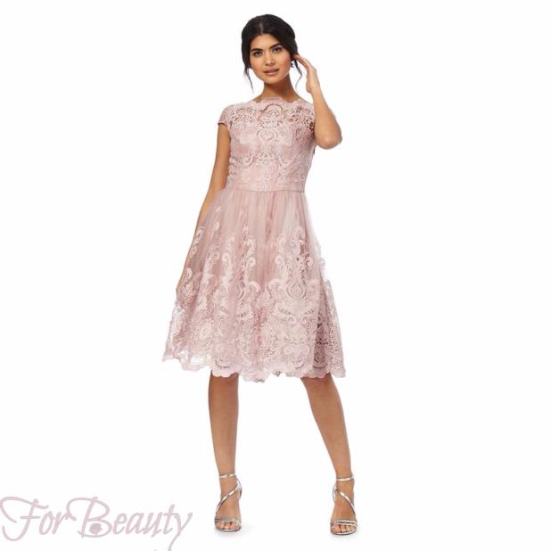 Модные красивые кружевные платья 2018